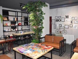 Not  Alone Minyao Youth Hostel