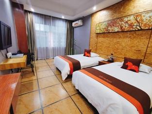 Junyi Hotel Chain Hotel(Qionghai Yinlong)