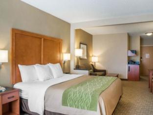 Comfort Inn & Suites West Chester - North Cincinnati