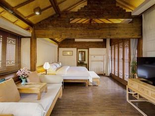 Banxi Caotang Hotel