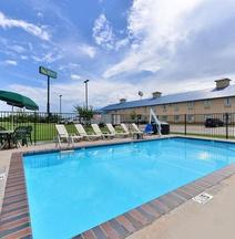 Quality Inn & Suites Wichita Falls I-44
