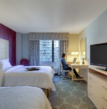 Hampton Inn & Suites Miami/Brickell-Downtown, FL