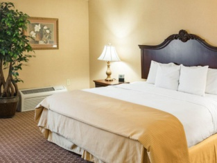 Clarion Hotel & Conference Center Wilmington New Castle