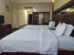 Caiji Hotel