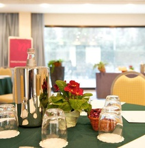Mercure Rome West