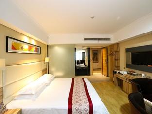 Super 8 Hotel Xiangyang Guangcai Market
