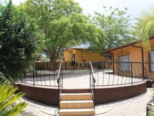 Hotel Etambi Garni