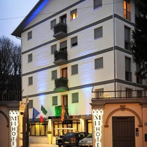 M14 Hotel