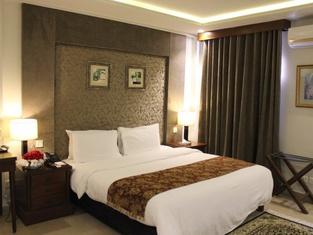 Hotel One Super