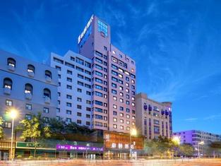 โรงแรมอี้เทล