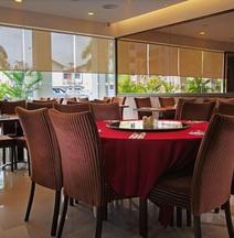 多賽特精品飯店