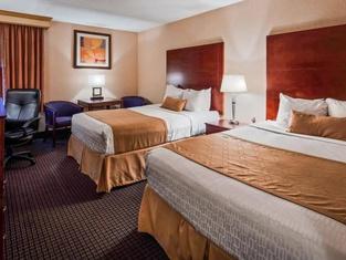 シュアステイ プラス ホテル バイ ベストウェスタン ジョンソン シティ