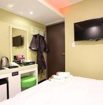 Myeongdong Top Hotel