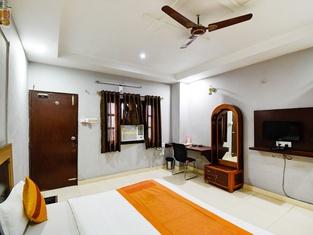 Hotel Samridhi Palace