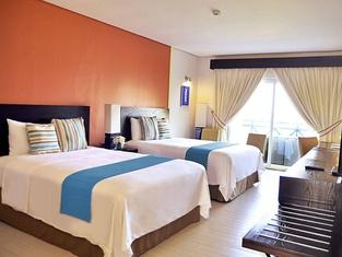 Thunderbird Resorts - Poro Point