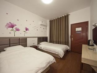 Yilu Gangwan Inn