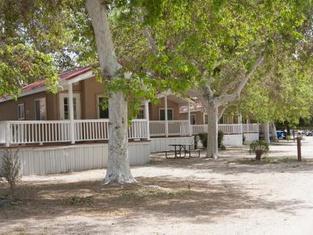 Soledad Canyon Deluxe Cabin 20