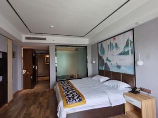 Luzhou Zhongcheng Hotel