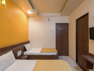 Hotel Jain Residency