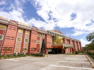 ブトゥアン グランド パレス ホテル