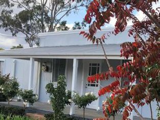 The Rested Guest 3 Bedroom Cottage West Wyalong