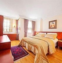 Dilhayat Kalfa Hotel