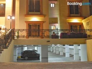 Nuzol Al Youm Suite Hotel