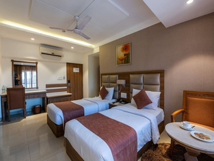 Click Hotels, Nashik