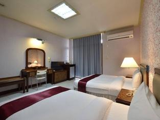 ジウニン ビジネス ホテル