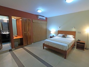 Palau Amazonas Hotel
