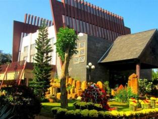 Coffee Tour Resort
