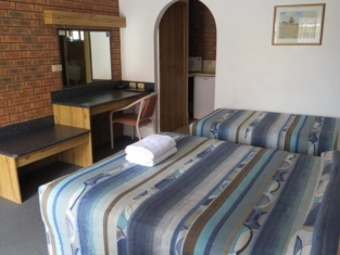 The Cottage Motor Inn