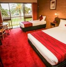 米尔迪拉河城市汽车旅馆