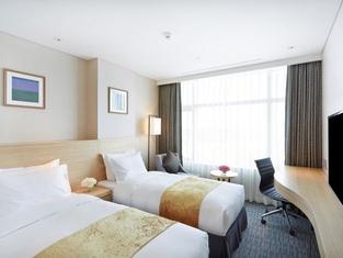 โรงแรมลาฮาน โปฮัง