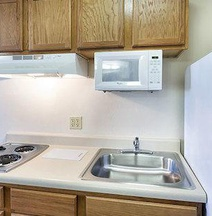 WoodSpring Suites Wichita South
