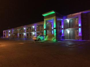 Lotus Inn and Suites Nashville