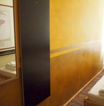 イーストセブン ベルリン ホテル