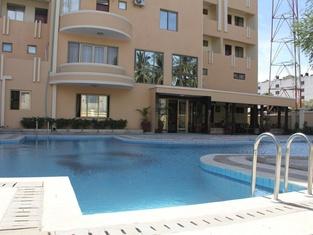 Jambo Travellers  Hotel