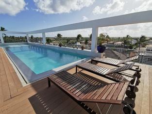 Coral Suites Beach Club & Spa