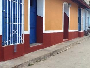 Casa Hostal Buscando a Caniquí
