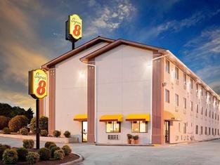 スーパー 8 ジョンソン シティ テネシー