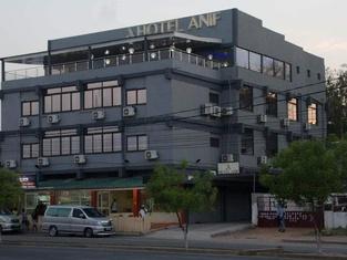 ホテル アニフ