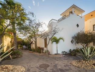 Casa Del Encanto by Casago