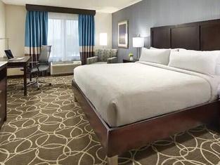 Hilton Garden Inn Kalamazoo