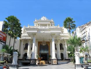 The Grand Palace Hotel Malang