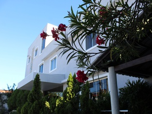 Hotel Aeroporto Montese Star