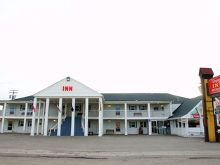 Voyageur Motor Inn