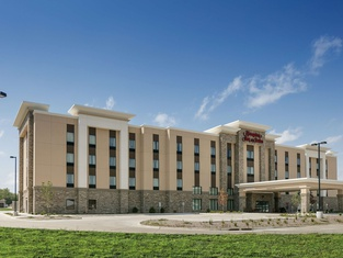 Hampton Inn & Suites Mason City