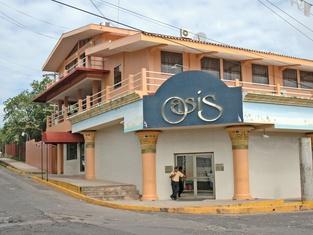 Hotel Oasis Bluefields