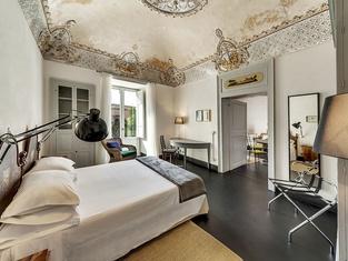 Palazzo Melfi Suite - Hotel